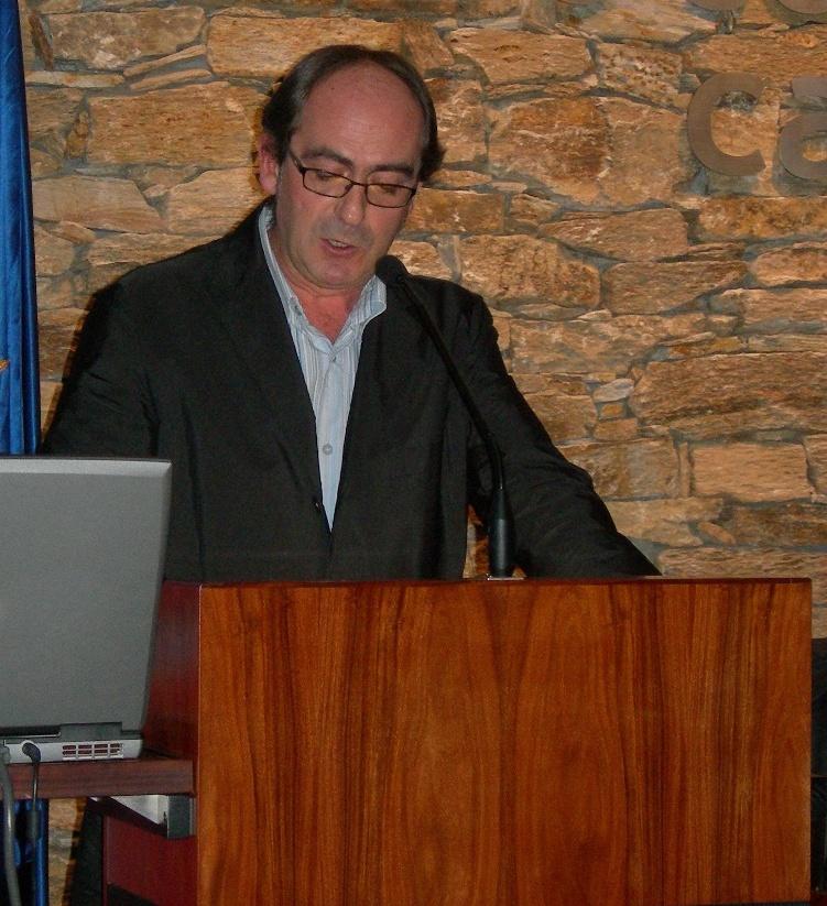 Iñaki López de Aguileta nun momento da súa intervención