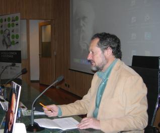 Xosé Antón Fraga falou da recepción da obra de Darwin en España e en Galicia