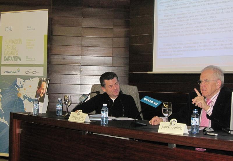 Manuel F. Vieites, coordinador do Foro, e Jorge González Gurriarán