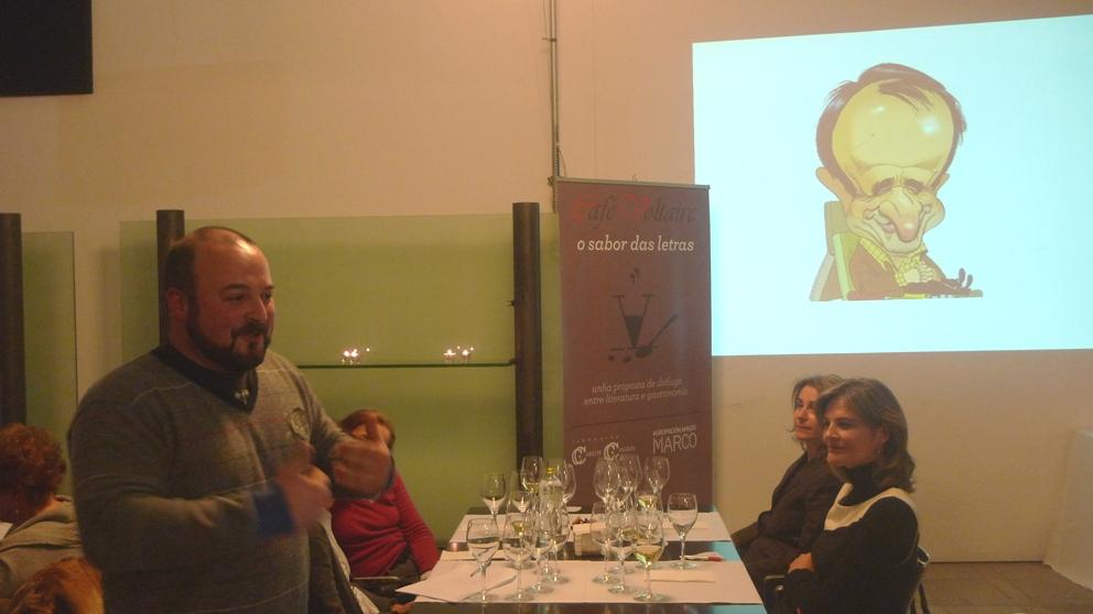 Manuel Gago nun momento da súa conferencia