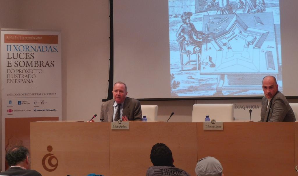 O profesor Sambricio, presentado polo profesor Fernando Agrasar, pechou as xornadas sobre a Ilustración da Coruña